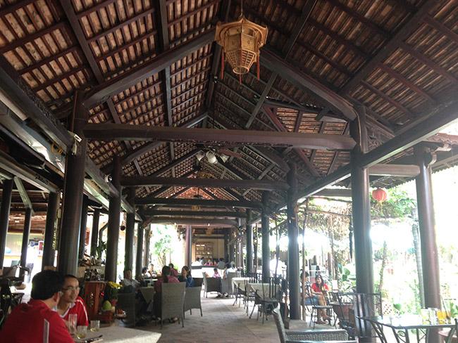 Cafe Dáng Xưa